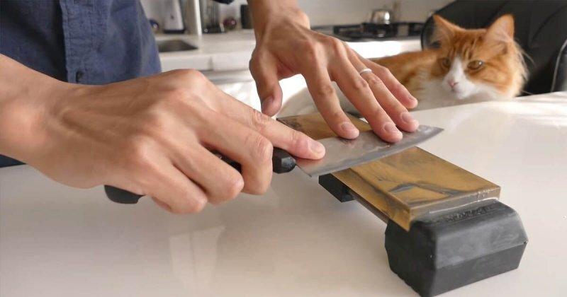 Самый дешёвый кухонный нож превращается в острое лезвие
