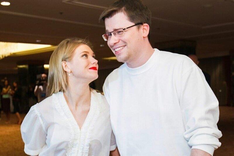 """""""Затравила мужика!"""": в Сети отреагировали на новость о разводе Гарика Харламова с Кристиной Асмус"""