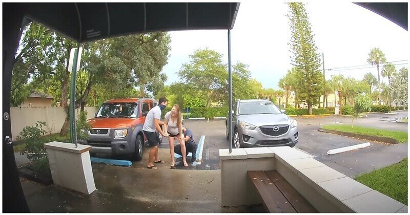 Женщина была вынуждена рожать на парковке роддома