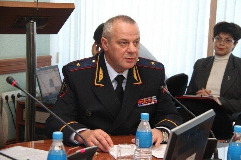 Отчим скандального мажора на «Лексусе» из Владивостока оказался с генеральскими погонами