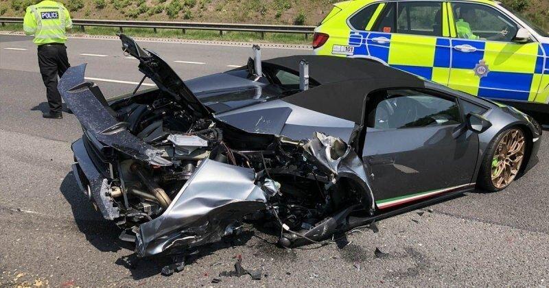 Обидно, досадно: новый Lamborghini разбили через 20 минут после покупки