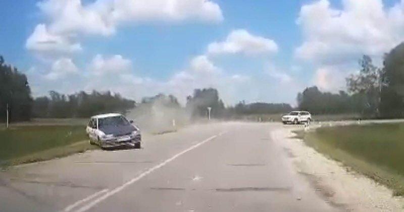 Не вписался в поворот: ДТП в Новосибирской области