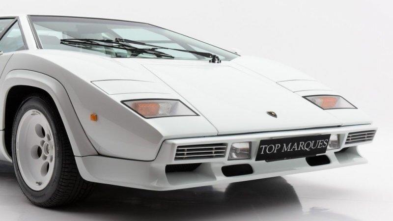 Lamborghini Countach чемпиона Формулы-1 Кеке Росберга продается по внушительной цене