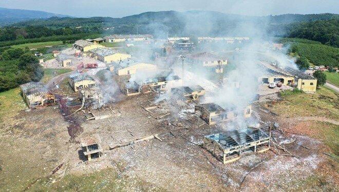 В Турции взорвались 110 тонн фейерверков: видео