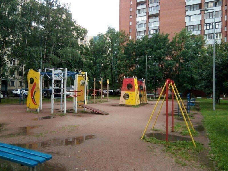 О некоторых реформах на примере детской площадки