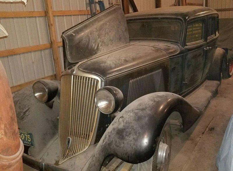 Редкий Graham Model 57 1932 года гниет в обычном сарае уже 55 лет