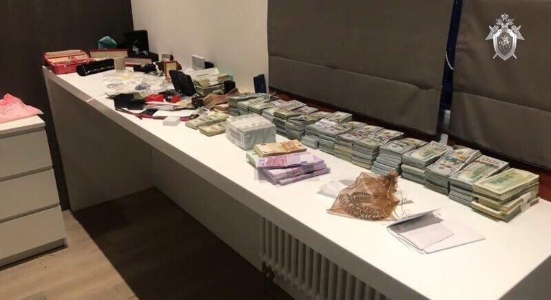Бриллиантовое дело: СК завершил расследование хищения алмазов в АЛРОСА