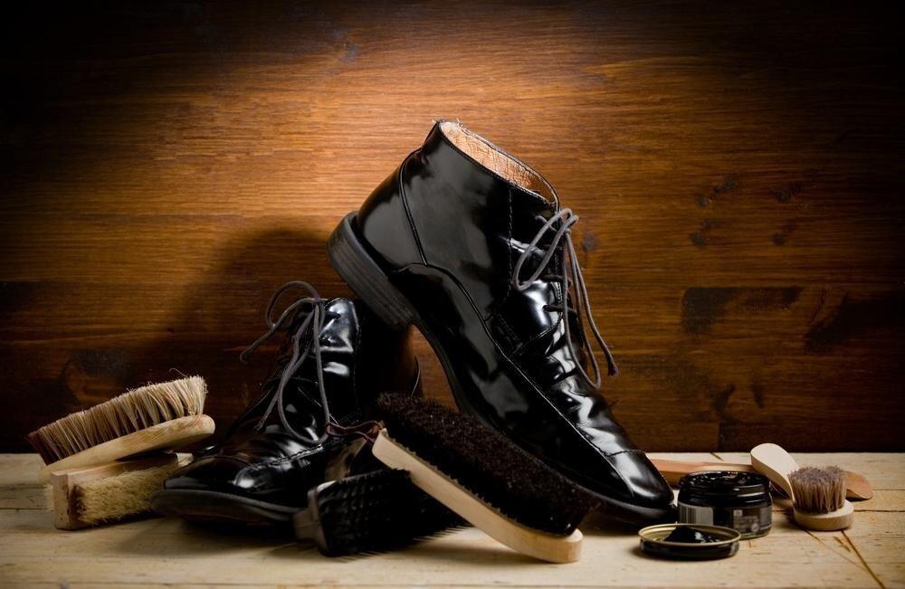 Как до блеска начистить обувь?