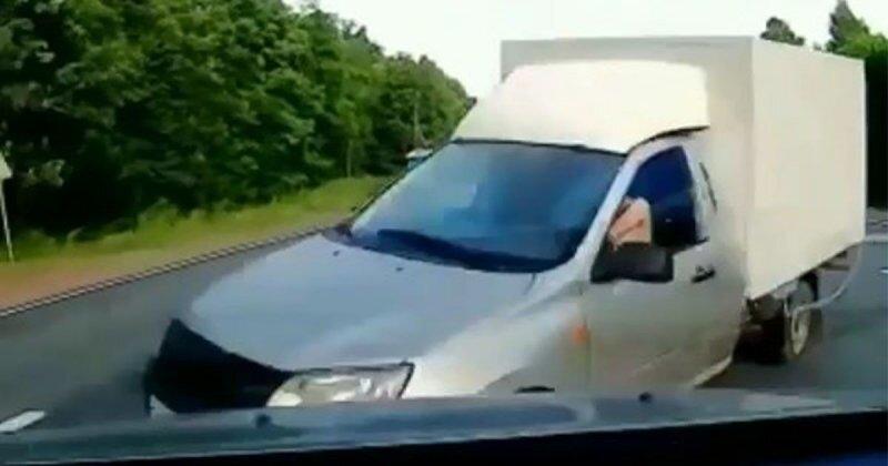 Авария дня. Столкновение с пьяным автомобилистом в Татарстане