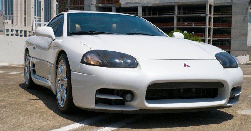 Один из последних выпущенных Mitsubishi 3000GT VR-4 продается в США