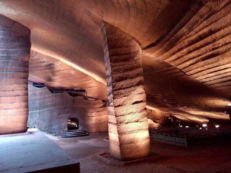 Как китайцы рыли эти пещеры?