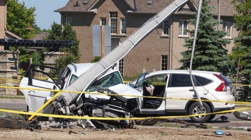 Как действуют люди когда видят аварию