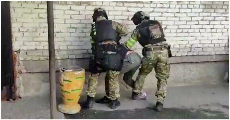 ФСБ задержала более 20 призывавших к терактам исламистов