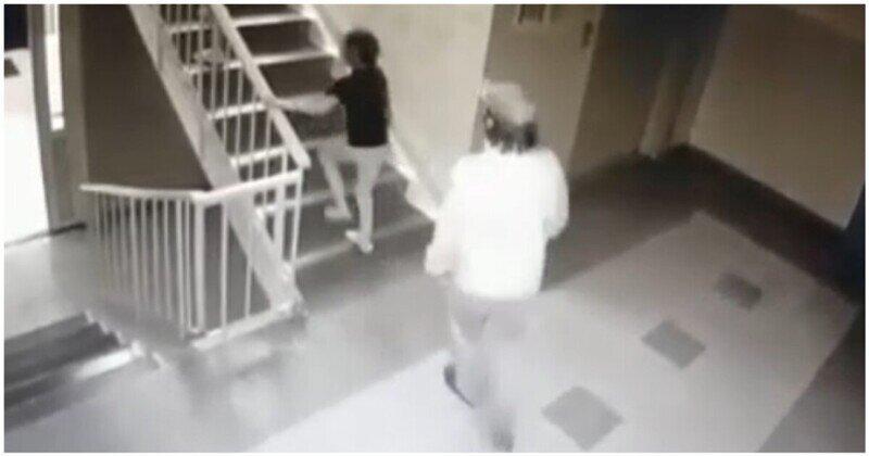 Нападение мужчины на девочку в омском подъезде