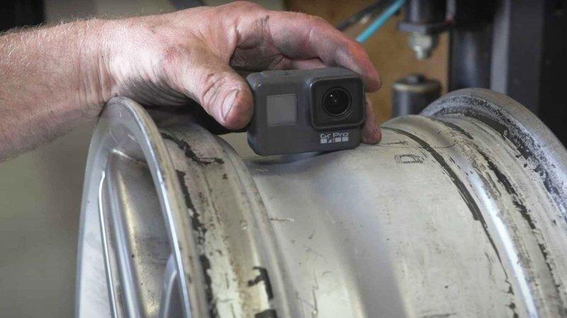 GoPro в колесе автомобиля: что происходит внутри шины во время движения?
