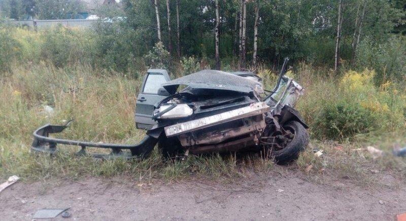 Авария дня. Один человек погиб в результате столкновения с автобетономешалкой в Удмуртии
