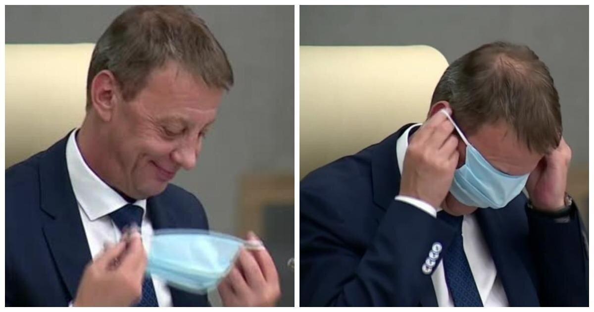 Мэр Барнаула перепутал маску с очками и надел ее на глаза