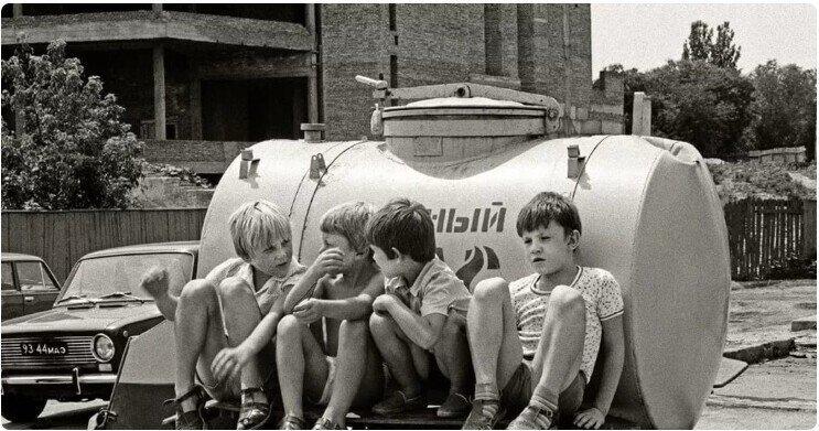 «Герои не те»: кем восхищались советские мальчишки и кому они хотели подражать