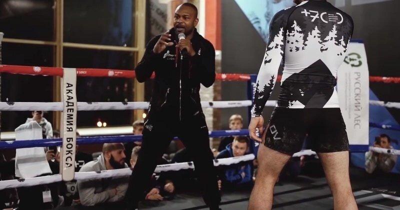 Рой Джонс младший рассказал о нескольких своих трюках в боксе