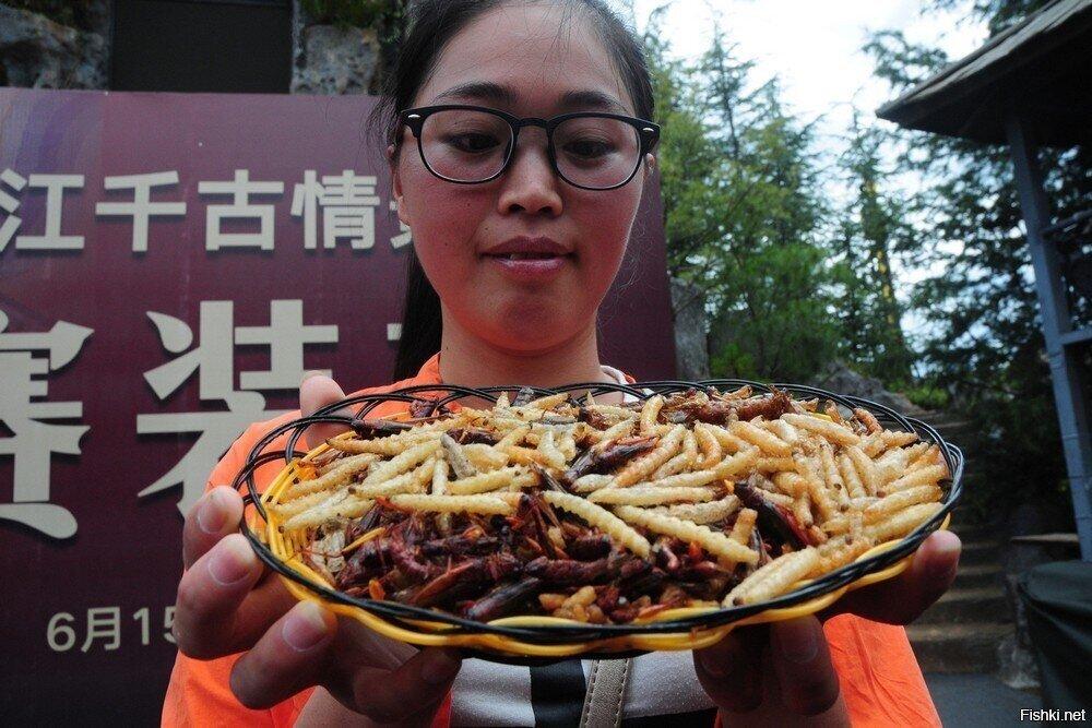 Китайский конкурс по поеданию насекомых.