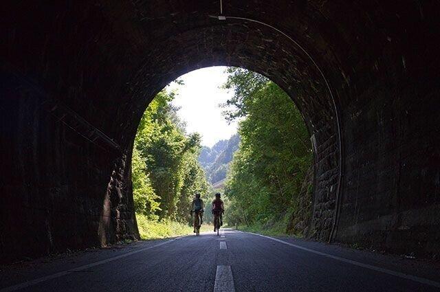 Как правильно: туннель или тоннель?