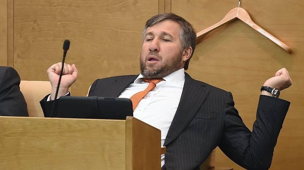 Назван самый богатый депутат Госдумы, с годовым доходом в 2,3 млрд рублей