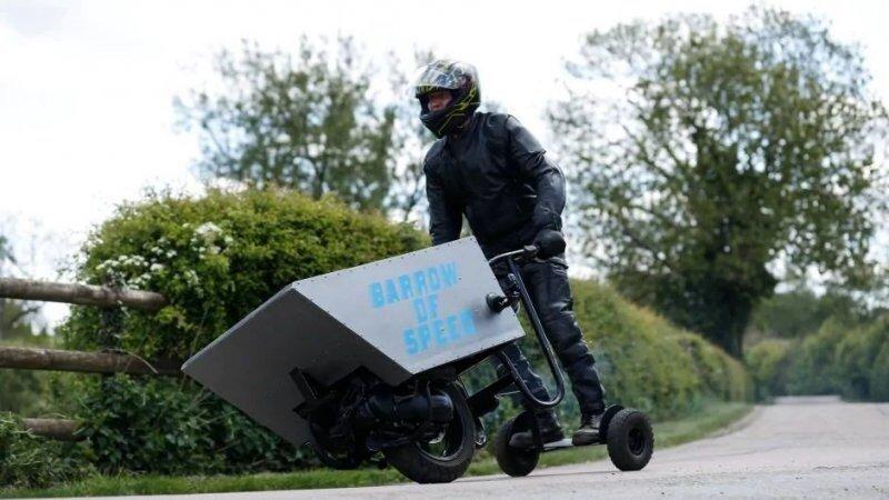Британец собрал моторизованную тачку и хочет установить на ней рекорд скорости