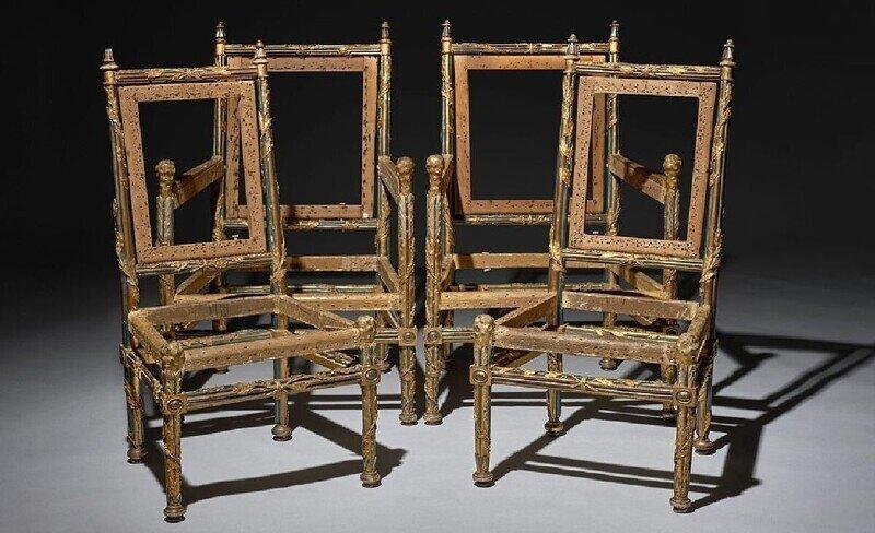 Сломанные стулья французского короля продали за миллион евро