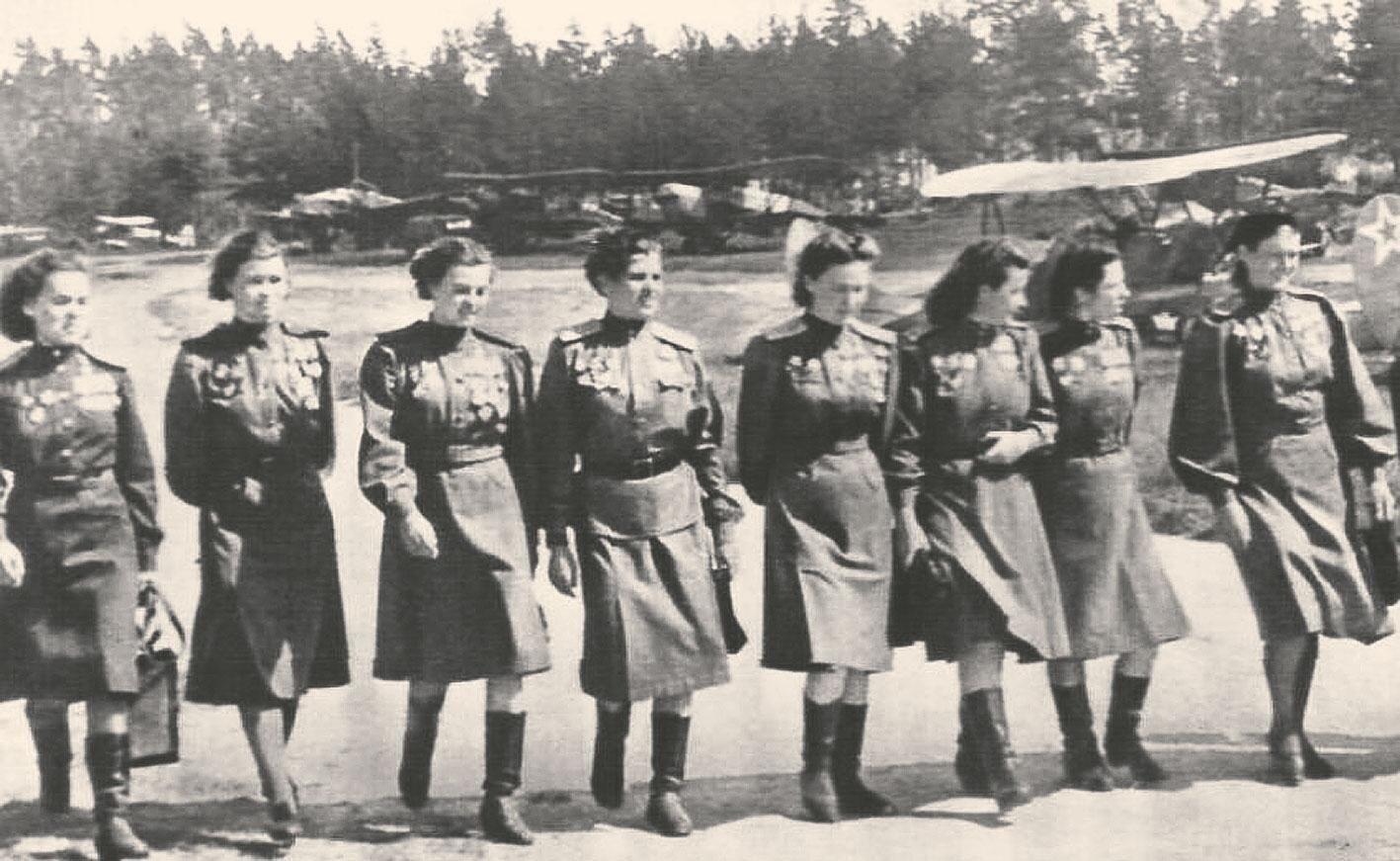 Сухие факты о девчатах из 46-го гвардейского ночного бомбардировочного авиационного полка