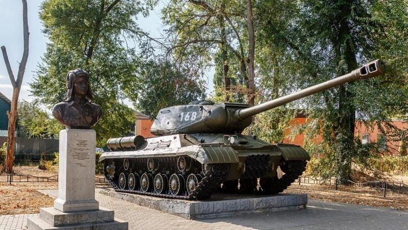 В Воронеже на частные средства восстановили танк «Иосиф Сталин»