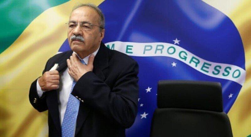 Деньги в труселях: бразильский политик опозорился на весь мир