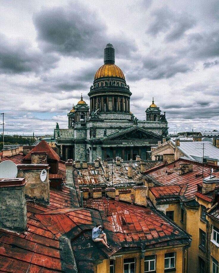 Непривычный ракурс на Санкт-Петербург
