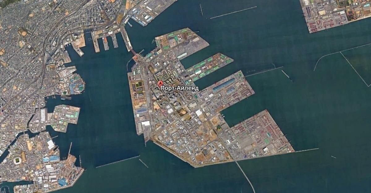 Порт-Айленд — насыпной остров со своим метрополитеном и вертолётной площадкой