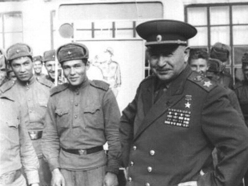 Реальный анекдот про маршала Баграмяна и солдата Козлова