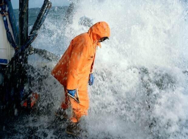 Одной из самых опасных профессия в мире является профессия рыбака