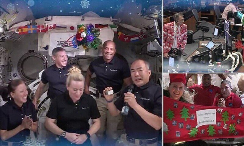 Космонавты на МКС отметили Рождество