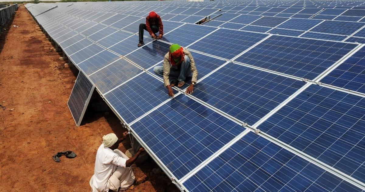 Бхадла – самая крупная на Земле солнечная электростанция