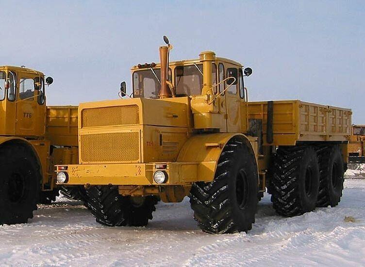 Детище рационализатора из северной глубинки: полноприводный трактор «Кировец» 6Х6