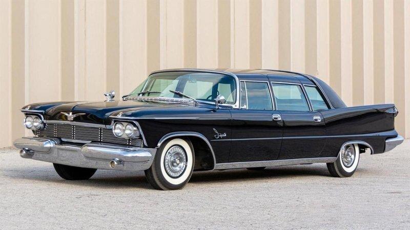 Один из 31: Chrysler Imperial для королевы