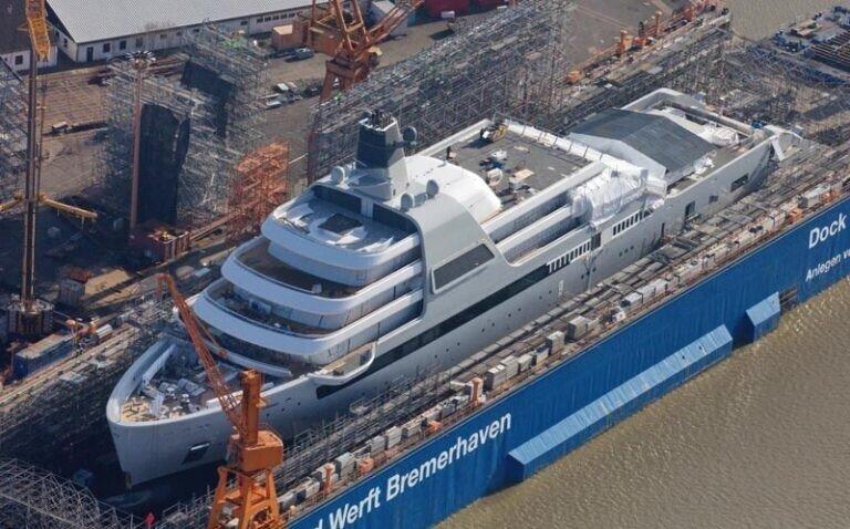 Новая супер яхта Абрамовича