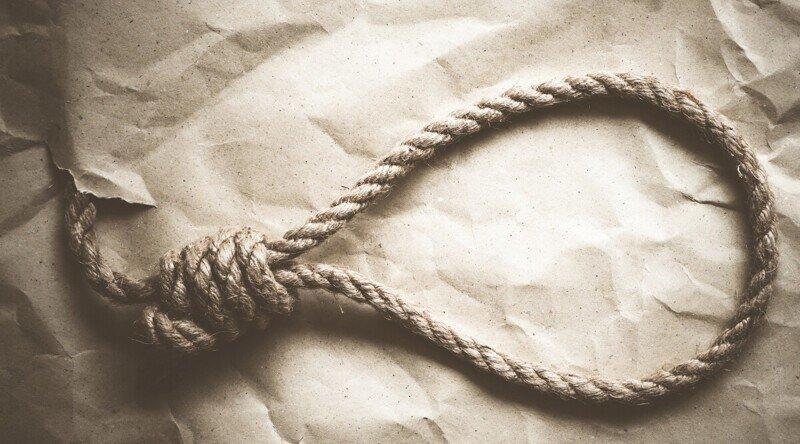 Падчерица довела отчима до самоубийства, ложно обвинив его в изнасиловании