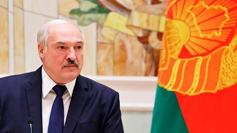 Лукашенко назвал глупым слияние России и Белоруссии