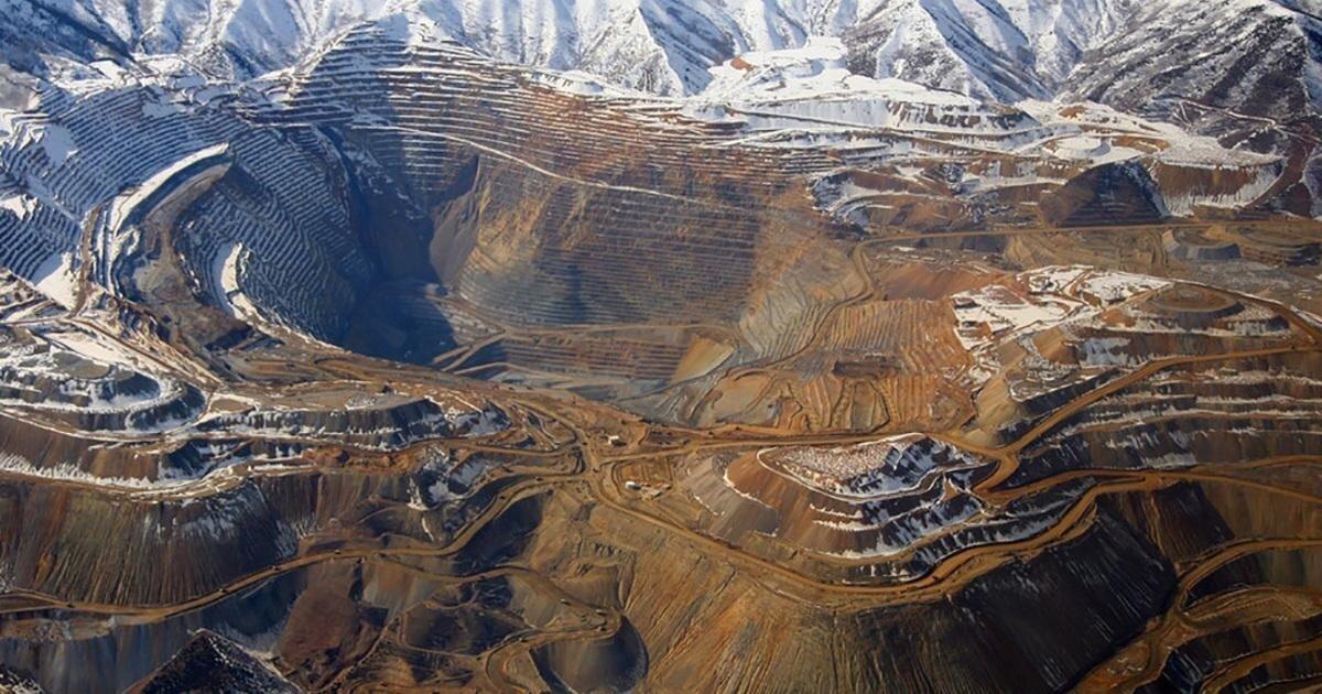 Бингем-каньон — карьер, в котором добыча руды ведётся уже более 150 лет
