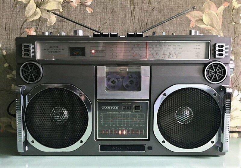 Conion – главный по кассетным бумбоксам. Знаменитые винтажные магнитолы 1980-х