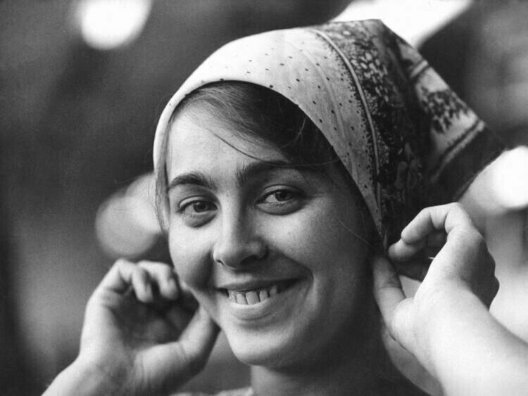 Вам , советские женщины , вам посвящается!