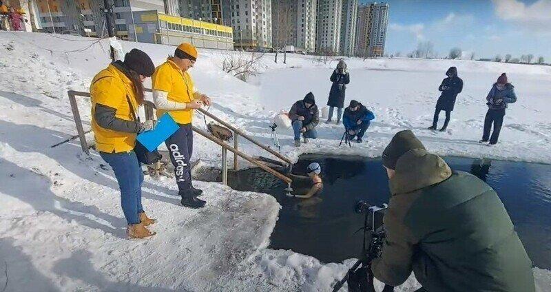Петербурженка установила мировой рекорд по задержке дыхания в ледяной воде