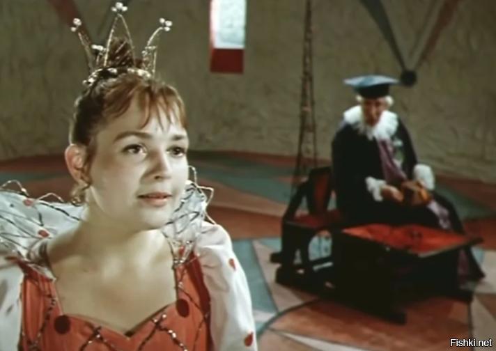 Отошла к Господу феерившая в роли Королевы из картины «Двенадцать месяцев» ак...