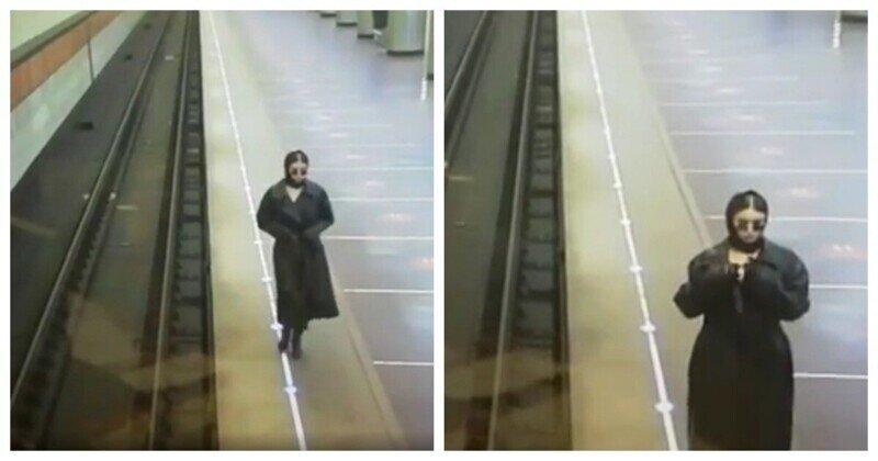 Девушка устроила жаркое дефиле в московском метро