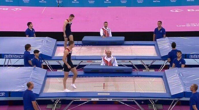 Наблюдатель смягчил падение польского спортсмена