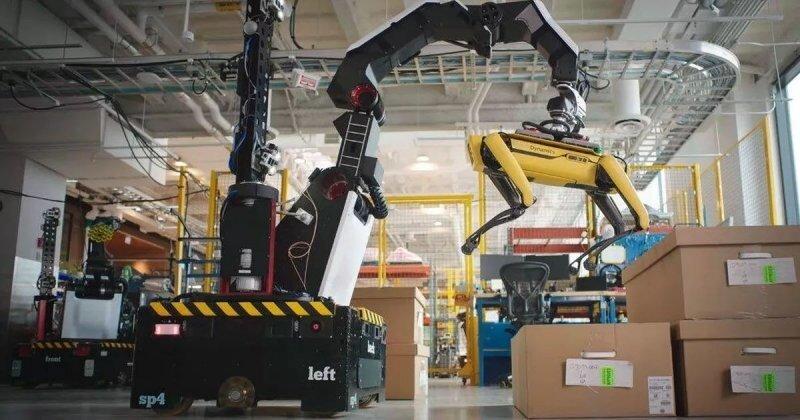 Boston Dynamics демонстрирует складского робота-грузчика Stretch с щупальцами